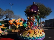 disney-festival-of-fantasy-parade-floats-and-costumes-12