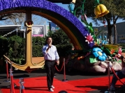 disney-festival-of-fantasy-parade-floats-and-costumes-17