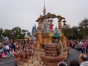 celebrate-a-dream-come-true-parade-14