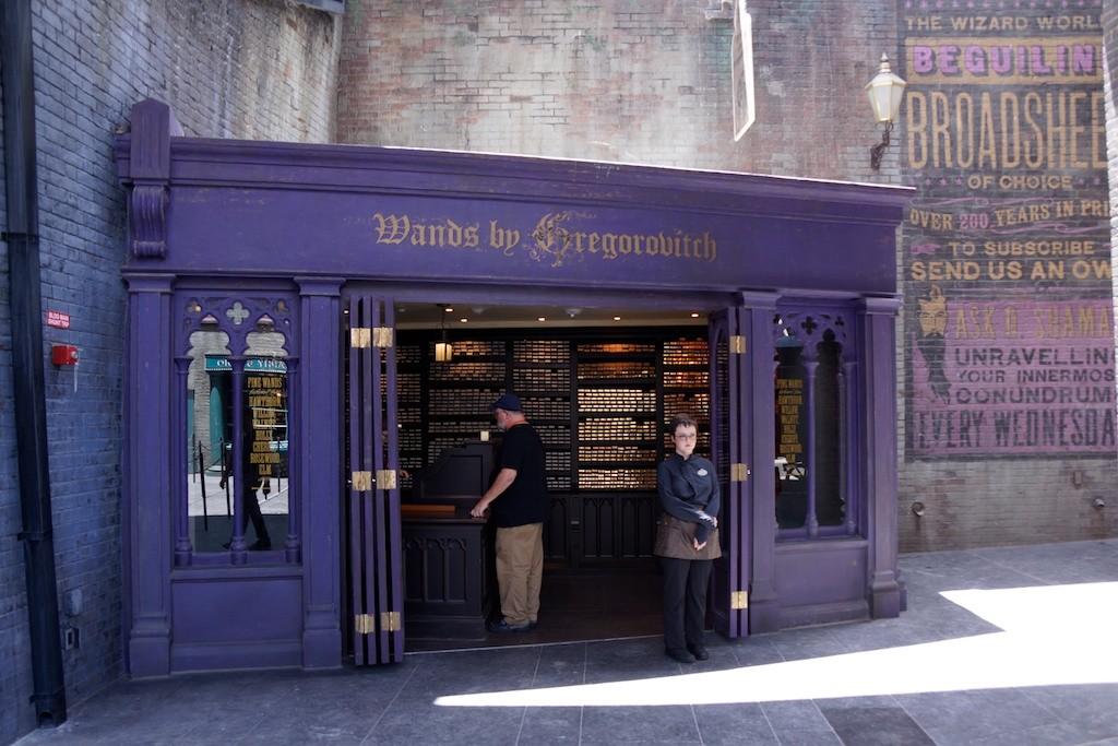 Viaggiate nella nuova diagon alley universal studios florida for Gregorovitch wands