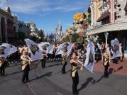 ucf-parade-at-magic-kingdom-18