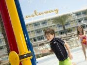 08_cabana-courtyard-kids-area
