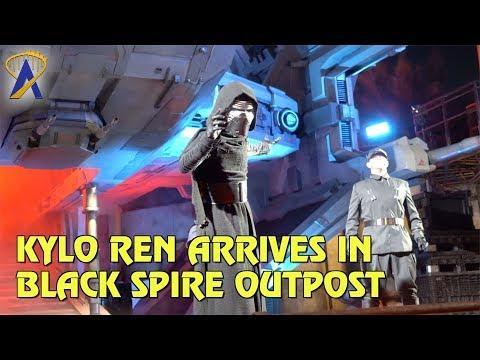 Kylo Ren Arrives in Black Spire Outpost at Star Wars: Galaxy's Edge