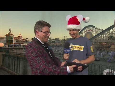 Attractions - The Show - Nov. 28, 2013 - Christmas at Disneyland, Light Up UCF plus latest news