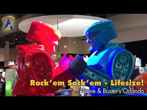Life-size Rock 'Em Sock 'Em Robots at Dave & Buster's Orlando