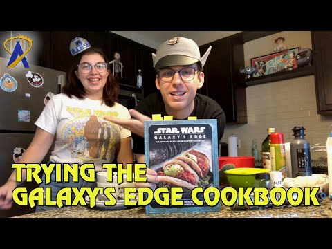 Making Blue Milk and Ronto Wraps at home with the Star Wars: Galaxy's Edge Cookbook