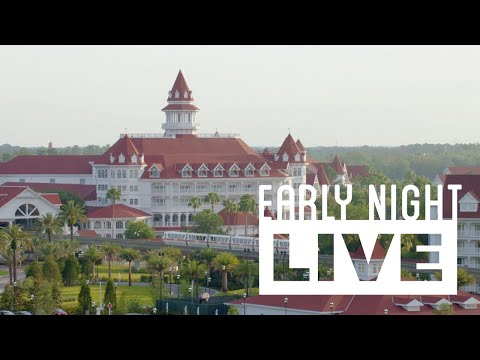 Disney's Grand Floridian Resort & Christmas Decor at Magic Kingdom - Early Night Live