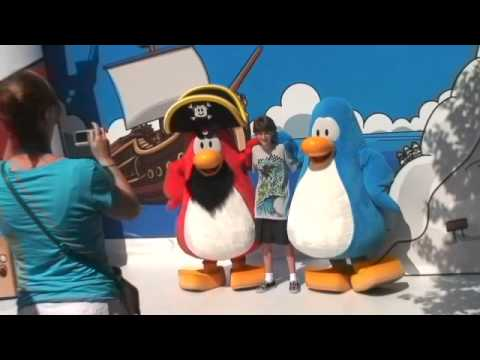 Club Penguin Rockhopper and Blue Penguin at Walt Disney World