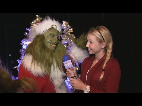 Attractions - The Show - Holidays at Universal; SeaWorld Christmas; latest news - Dec. 11, 2014