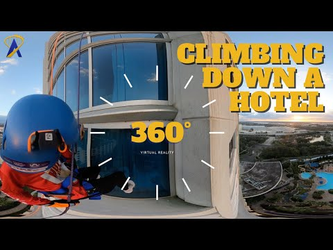VR 360: Go Over the Edge of a 32-story Hotel in 360 degrees