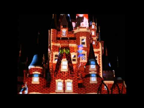 Photo Finds: Celebrate the Magic Castle Projections - Jan. 1 2013