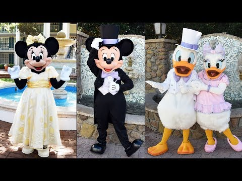 Easter Character Montage at Walt Disney World 2019 w/Mickey, Minnie, White Rabbit, Daisy, Donald+