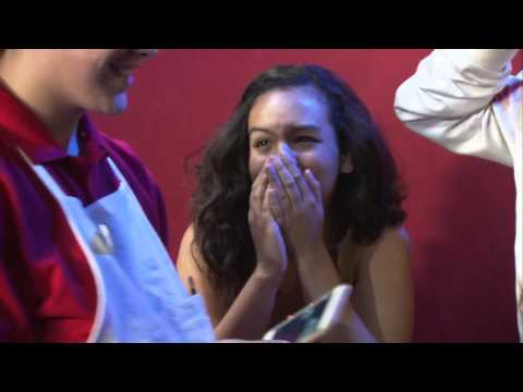 Austin Mahone pranks his fans at Madame Tussauds Orlando