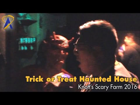 Trick or Treat haunted house at Knott's Scary Farm 2016