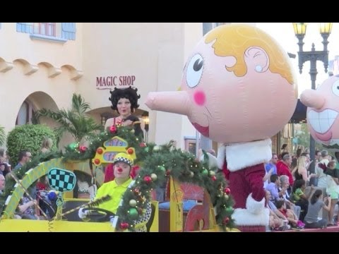 Photo Finds: What's This? edition - Christmas Town, Universal, Epcot and more Dec. 10, 2013