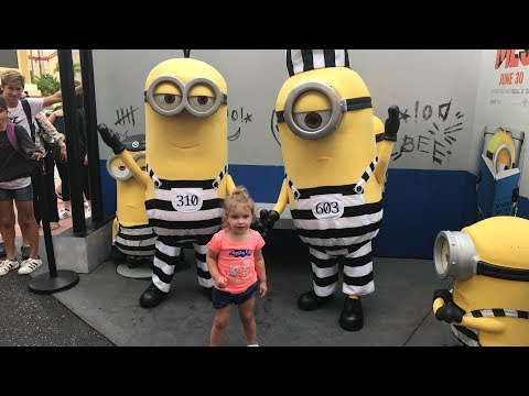 Minions from Despicable Me 3 meet guests at Universal Studios Florida