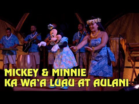Mickey & Minnie appear in KA WA'A, a luau at Disney's Aulani Resort in Hawaii