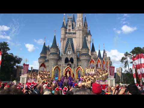 Jennifer Hudson sings in the 2011 Disney Parks Christmas Day Parade TV show