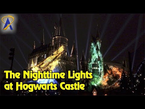 """""""The Nighttime Lights at Hogwarts Castle"""" projection show at Universal Orlando"""