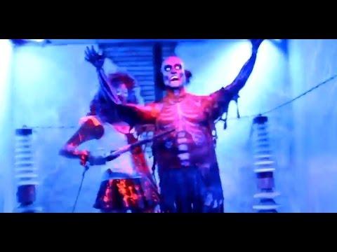 Clowns 3D maze at Universal Hollywood's Halloween Horror Nights