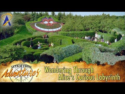 Wondering Through Alice's Curious Labyrinth at Disneyland Paris - Attractions Adventures