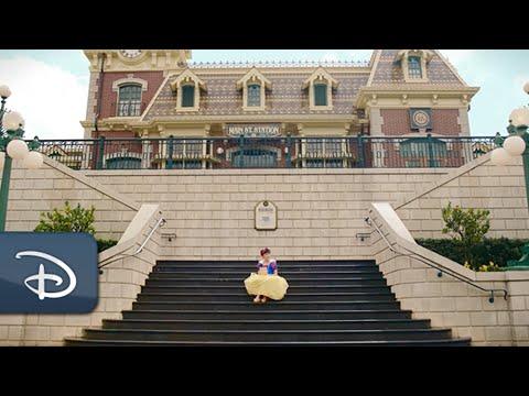 Castle of Magical Dreams   Hong Kong Disneyland