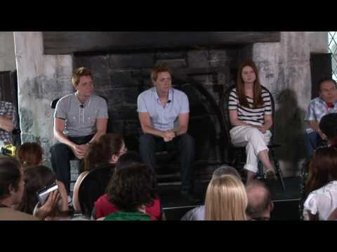 Warwick Davis, Bonnie Wright and other Harry Potter stars discuss Wizarding World, films and more
