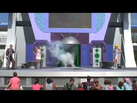 Stitch's Supersonic Celebration in Tomorrowland