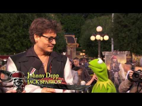 Pirates of the Caribbean On Stranger Tides movie premier with Kermit The Frog