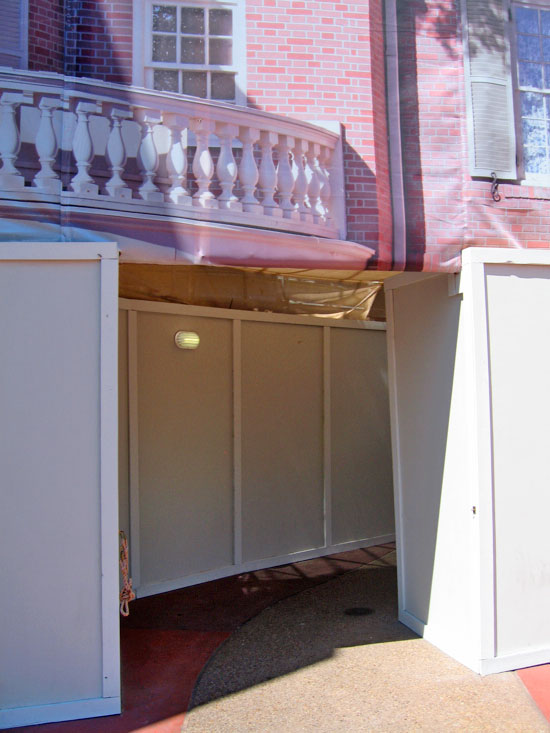 Hall of Presidents construction