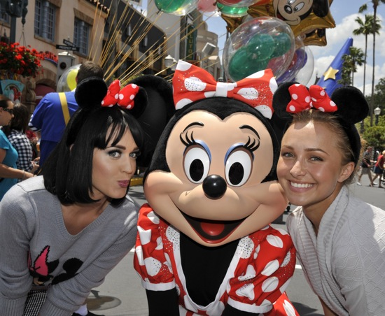 panettiere-and-perry-at-disney-161079777