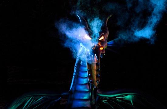 Fantasmic Dragon Disneyland