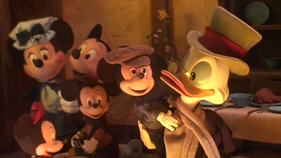 Mickey's Christmas Carol Magic Kingdom window display