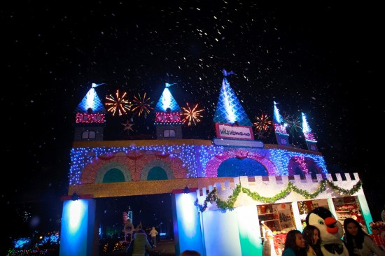 Lowry Park Zoo Christmas.Take A Walk In A Winter Wonderland At Lowry Park Zoo