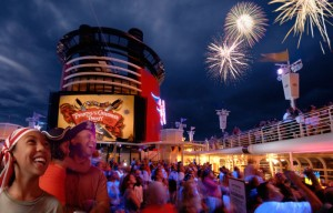 dcl_deckparty-300x192