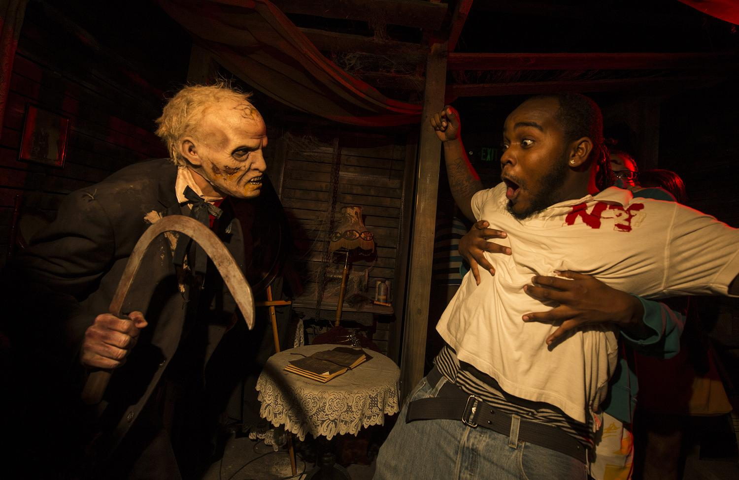 review: universal orlando has hit a home run with halloween horror