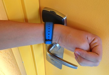 Using Disney MagicBand to enter a hotel room