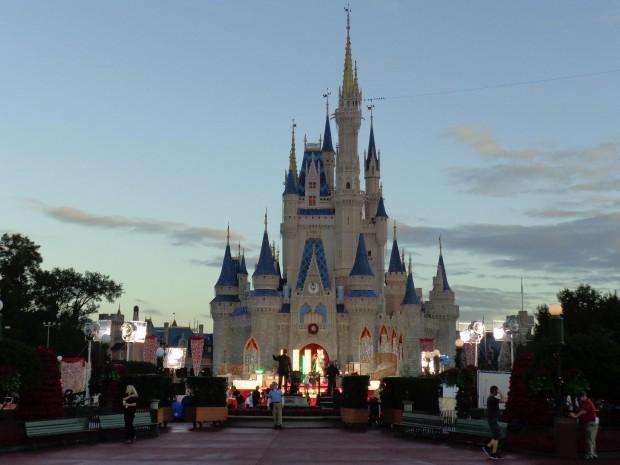 Disney Parks Christmas Day Parade morning