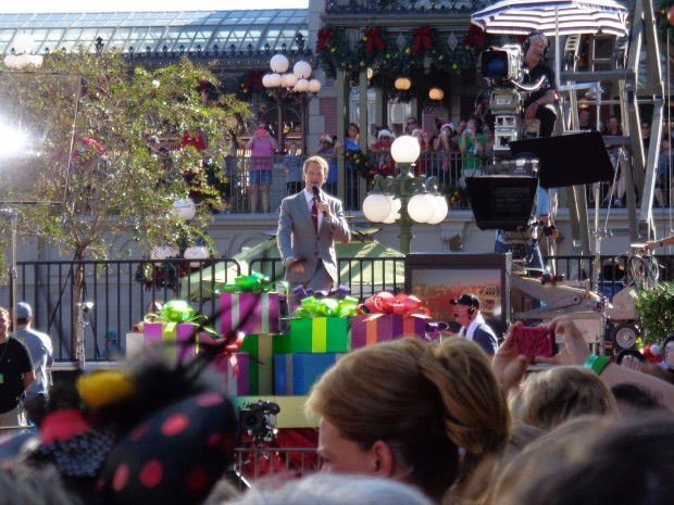 Disney Parks Christmas Day Parade neil host