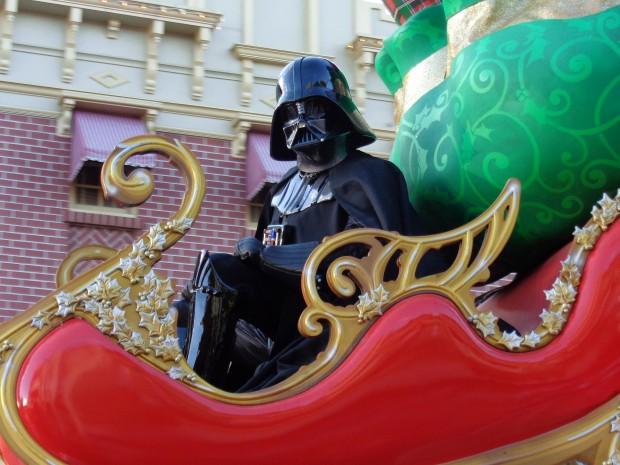 Disney Parks Christmas Day Parade darth vader