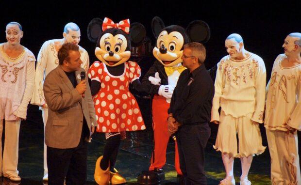 cirque du soliel la nouba 15th anniversary mickey minnie