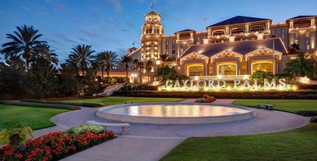 Gaylord Palms Resort decorated for the holidays