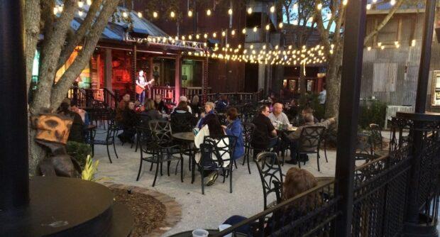 House of Blues live entertainment patio