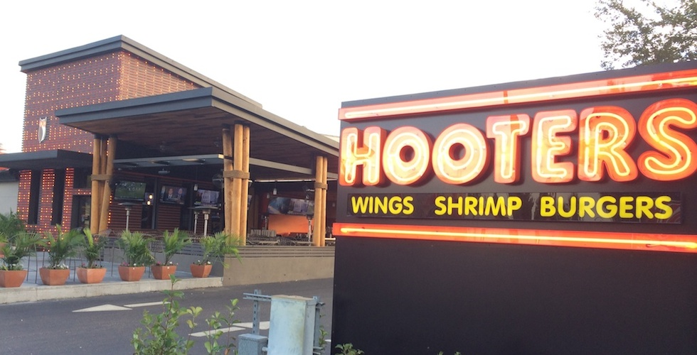 Hooters On International Drive Recently Unveiled A New Contemporary Design