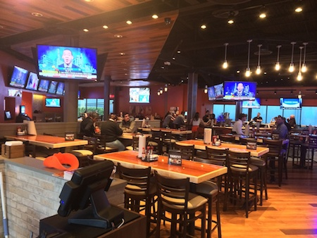 inside of New Hooters on international drive
