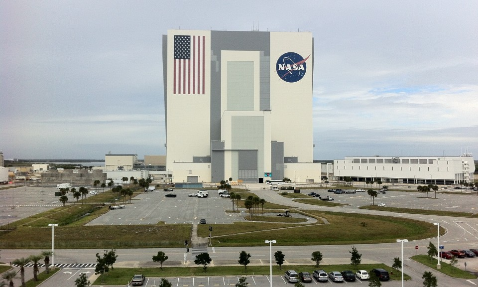 nasa kennedy space center vehicle assembly building