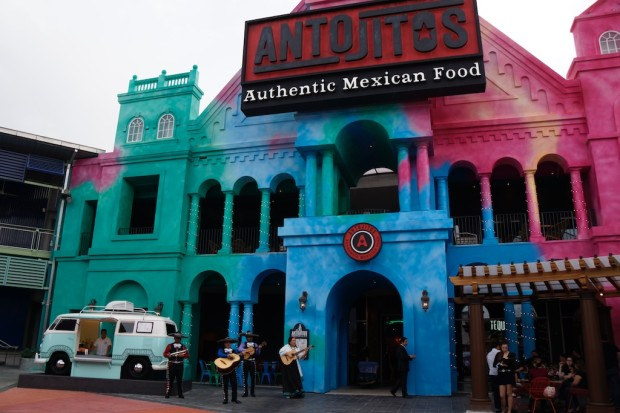 antojitos at universal citywalk 8