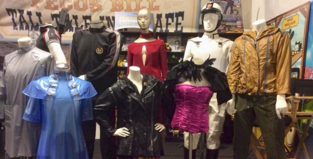Hunger Games costumes at theme park connection