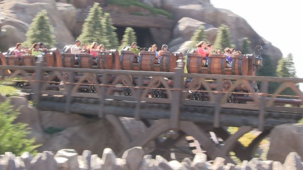 seven dwarfs mine train first riders commercial