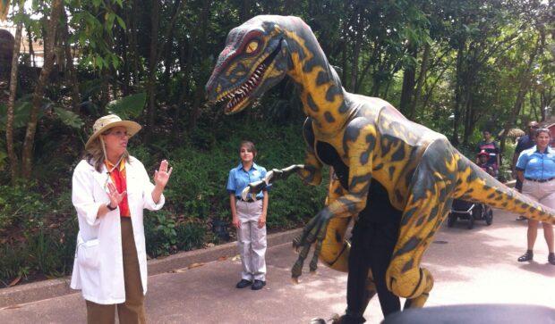 v the velociraptor at dinoland in disney's animal kingdom